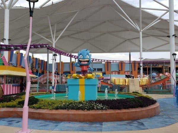 Kataplum, el parque de diversiones arriba de un centro comercial