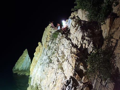La Quebrada acapulco de noche