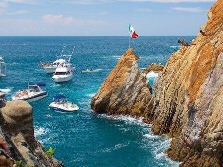 Playa la quebrada de las mejores playas de acapulco