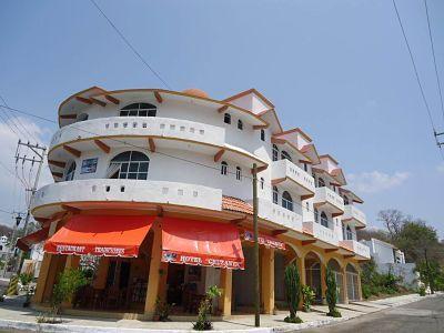 Cruzsanta hotel