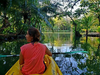 Kayak en Río Dulce