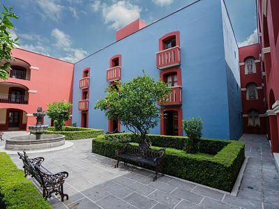 Hotel real de naturales cholula